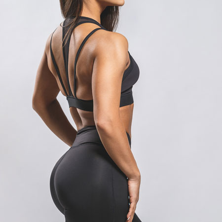 fit-woman-in-black-workout-outfit