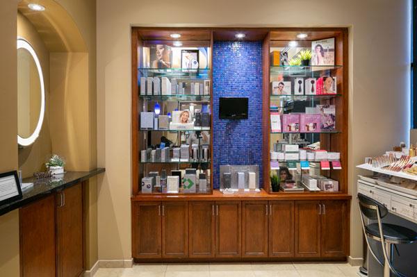 deja-vu-med-spa-lobby-products