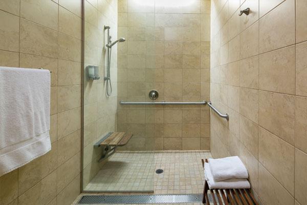 deja-vu-med-spa-shower